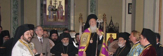 Bartolomeo I arriva a Lecce, visita storica del patriarca greco