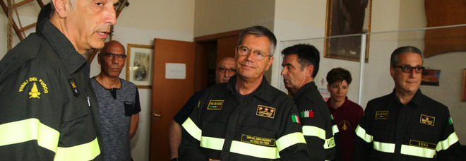 Vigile del fuoco morto sul lavoro, la pista dell'attentato: «Doloso il rogo del maneggio»