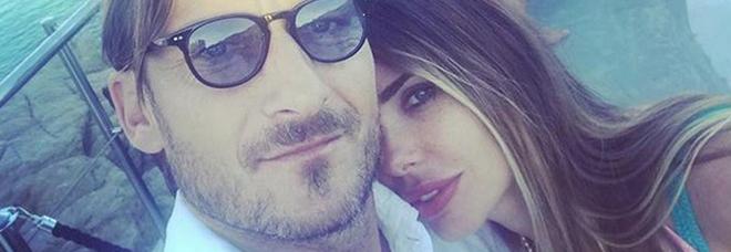 Francesco Totti e Ilary Blasi (Instagram)