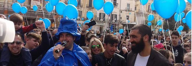 Anche Lecce si ferma: tutti in blu per l'autismo