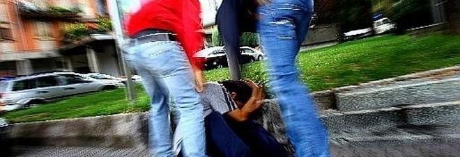 Violenza sullo scuolabus: picchiato 13enne disabile