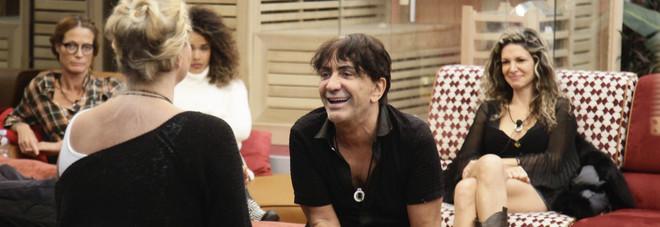 Ivan Cattaneo si fa pipì addosso al GfVip. Imbarazzo in diretta (foto Endemol)