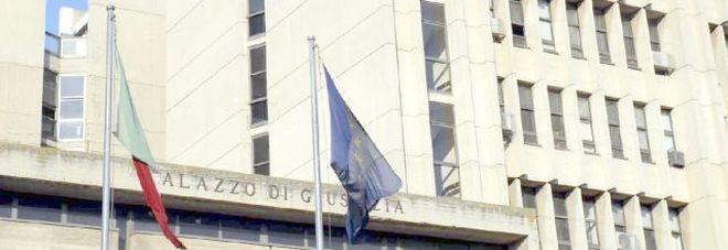 «Chiudi il b&b». Stalking al capo dei vigili: donna condannata a 6 mesi