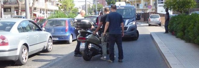 Schianto tra scooter e jeep: in ospedale maresciallo della Finanza