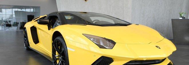 In Lamborghini a 311 km/h sul Gra, fermato dalla polstrada Alla guida c'era un pilota australiano