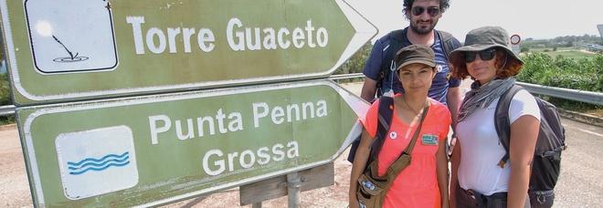 Due donne e 400 chilometri a piedi. La lunga marcia tra i tesori di Puglia