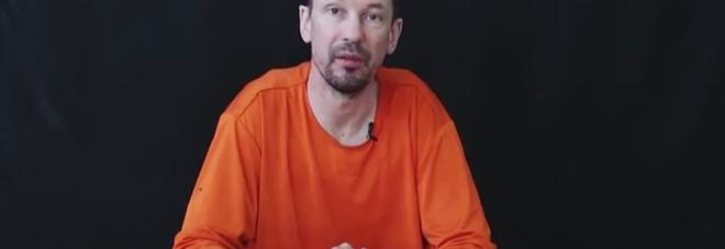 """Isis, il nuovo video di John Cantlie: """"Obama ci lascia morire"""" -"""