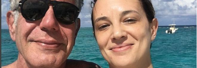 Asia Argento accusata del suicidio di Anthont Bourdain, le star di Hollywood scrivono una lettera