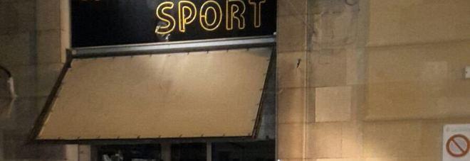Furto nella notte: nel mirino storico negozio sportivo