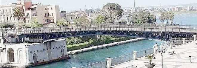 Soldi a taranto l idea di stef no rifacciamo il ponte for Disegni di ponte a 2 livelli