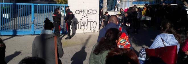 «Amianto nella scuola Ciclamini» I genitori tengono a casa i bimbi