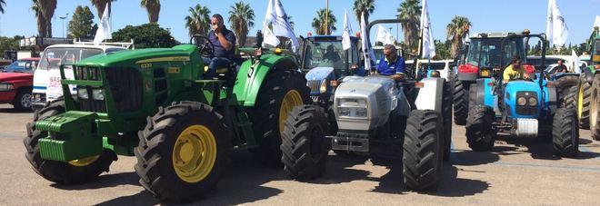 Il raduno dei trattori a Lecce