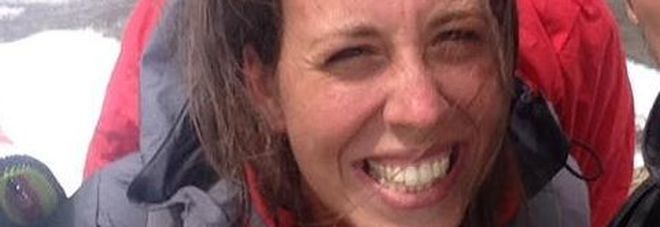 Scivola su sentiero di montagna e precipita nel vuoto: 24enne romana muore davanti al fidanzato