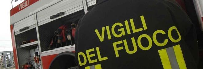 Tragedia nella fabbrica di fuochi d'artificio: muore un operaio