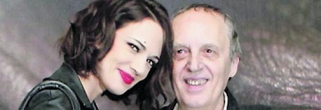 Asia Argento accusata di molestie, papà Dario: «Che cosa brutta»