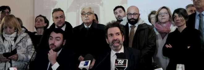 Lecce, il sindaco si dimette e anticipa il centrodestra pronto a firmare per la sfiducia. Elezioni a maggio
