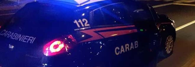 Lite con sparatoria nella notte, minacciati anche i carabinieri