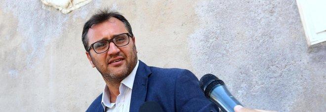 Stadio della Roma, il capogruppo M5S Ferrara si autosospende: «Io sono sereno, chi ha sbagliato pagherà»
