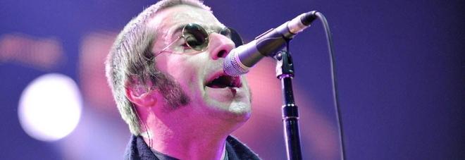 Liam Gallagher interrogato dalla polizia: l'ex Oasis avrebbe aggredito la fidanzata