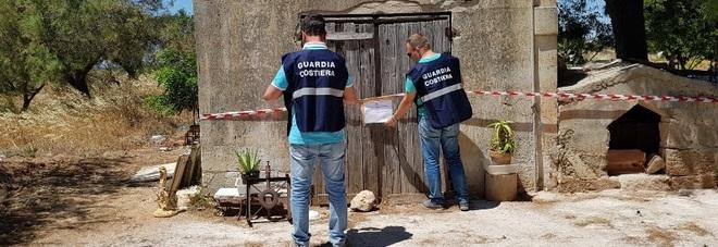 Sigilli a Sant'Isidoro: sequestrati 400 metri di terreno