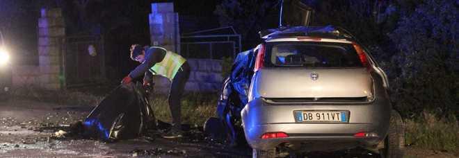Una delle auto coinvolte nello scontro