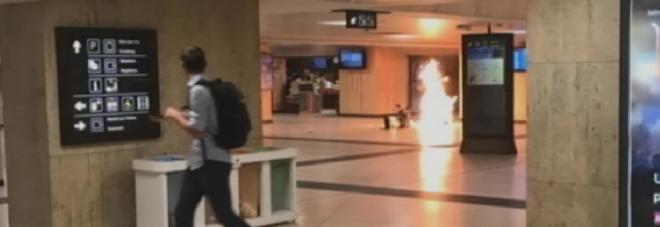 Paura a Bruxelles, esplosione alla stazione centrale: