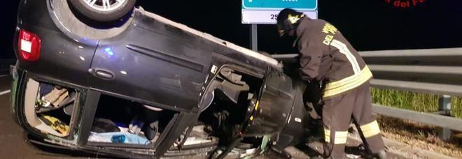 Incidente in A4 tra Montebello e Soave: auto finisce a ruote all'aria