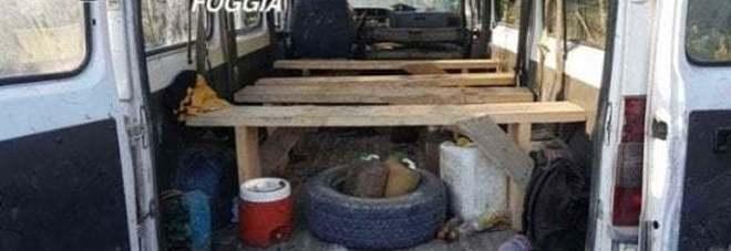 Caporalato, 50 furgoni sequestrati e 115 aziende controllate: la stretta dei carabinieri