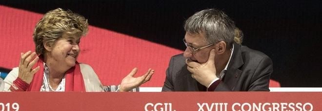 Cgil, inizia dalla Puglia l'era Landini: «Noi siamo il vero cambiamento»