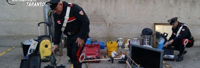 In contromano con l'autocarro rubato Poi aggredisce un carabiniere