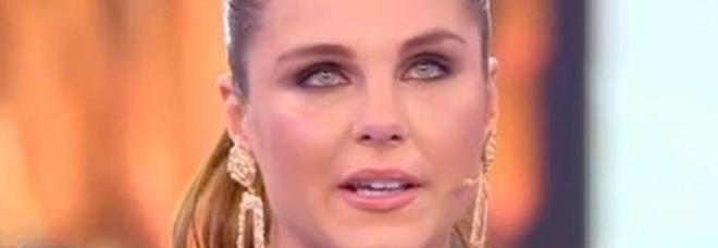 Domenica Live, la sorella di Icardi piange: «Wanda Nara non mi fa vedere i nipotini»
