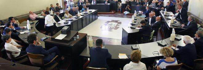 Consiglio comunale: nuova geografia 17 all'opposizione, 14 nel centrosinistra
