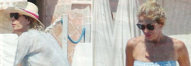 Alessia Marcuzzi ad Antibes col marito Paolo Calabresi Marconi e la figlia Mia