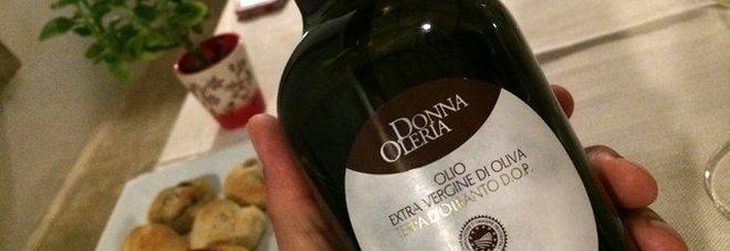 """Da Monteroni uno degli oli migliori del mondo: medaglia d'oro a """"Donna Oleria"""""""