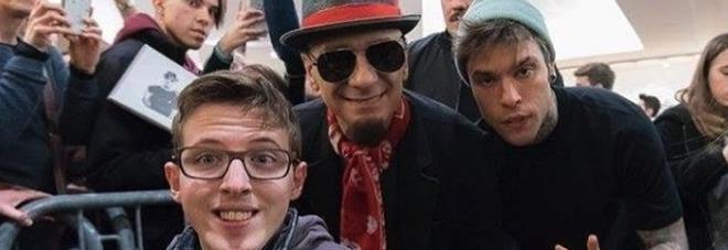 Fedez e Chiara Ferragni con Cris Brave: chi è il rapper disabile che ha cantato a San Siro