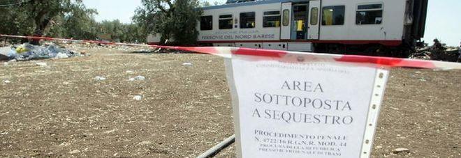Scontro tra treni, tre indagati: «L'azienda aveva i fondi ma non investì in sicurezza»