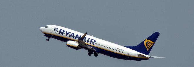 Aereo Ryanair sequestrato prima del decollo in Francia