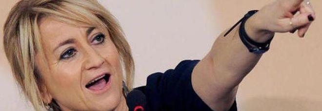 Luciana Littizzetto è tornata single. «Davide? Momento delicato, ora non posso parlare»