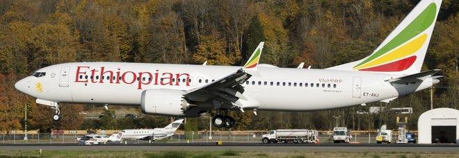 Boeing 737 Max, l'Europa blocca tutti i voli. Autorità Usa: «Rivedere il software»
