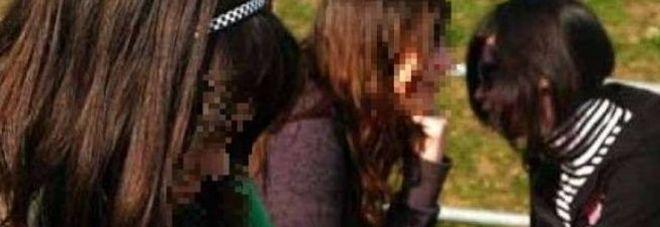 Adolescenti uccidono la loro amica di 17 anni dopo averla torturata: «Era troppo attraente»