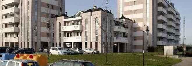 Il condominio di via Montà a Padova dove è stato scoperto l'appartamento a luci rosse (Candid Camera)