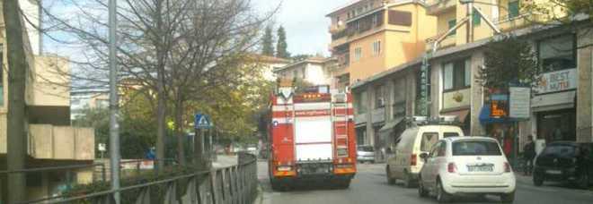 Perugia, piove acqua dal tetto: chiusi tre locali a Settevalli