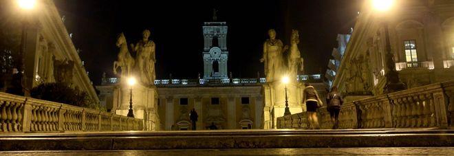 Roma choc Tentata violenza ai piedi del Campidoglio: studentessa belga salvata dai vigili