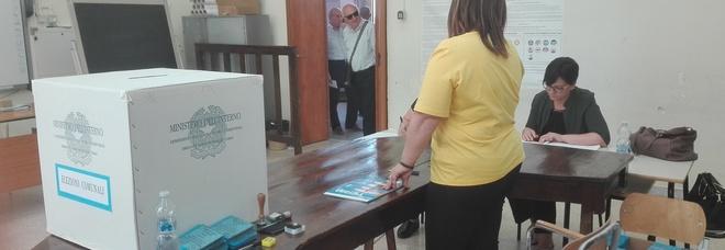 A Mesagne vince Matarrelli, a Ostuni si afferma Cavallo. Cala l'affluenza al voto