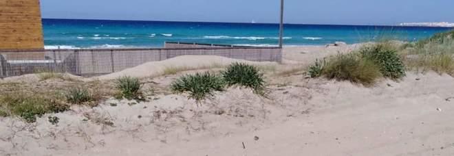 Sbancano le dune in zona vincolata: tre denunce