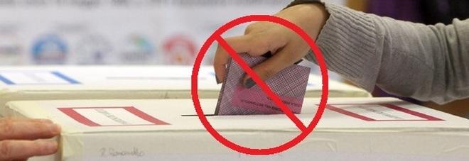 Dopo il voto la scheda non va inserita nell'urna: ecco perché