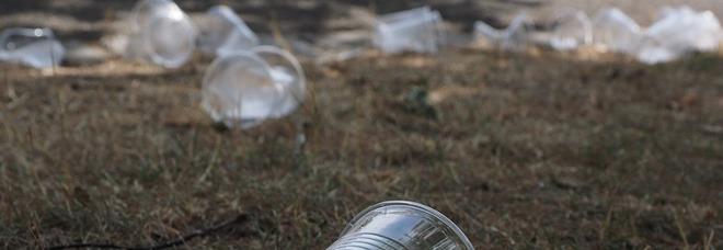 Taranto dichiara guerra alla plastica «Sarà vietata dal 1° gennaio 2019»