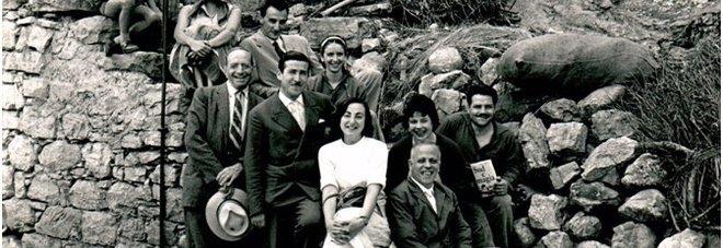 L'equipe di Ernesto De Martino durante una spedizione