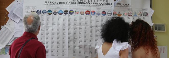 Comunali, Lecce e Taranto al ballottaggio: sfida Giliberti-Salvemini, Baldassari-Melucci