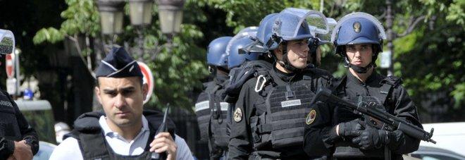 Polizia francese (LaPresse)